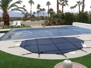 spa-cover-next-to-automatic-pool-cover-in-escondido